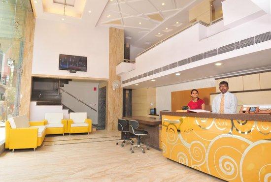 Hotel Krishna Plaza New Delhi: Reception