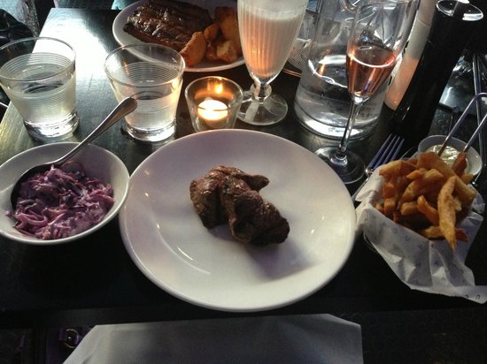 Cau, Guildford (Medalions, Coleslaw, Skinny Fries & Sparkling Malbec)