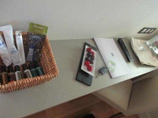 Mirador de Siurana Hotel: Welcome in the room