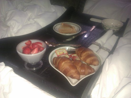 Olivia House: Breakfast in bed - this was the second course after a local welsh fry up and salmon and eggs as