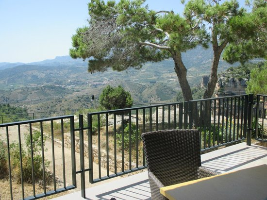 Mirador de Siurana Hotel: View from the hotel