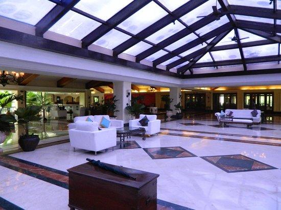 Taj Exotica Goa : Lobby area