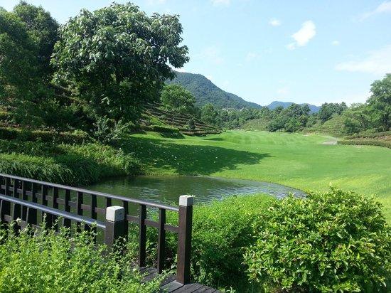 Fuchun Resort: hiking
