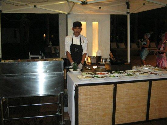 SALA Samui Choengmon Beach Resort: Thai buffet