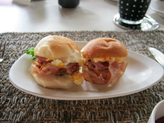 SALA Samui Choengmon Beach Resort: Breakfast (Bacon rolls)