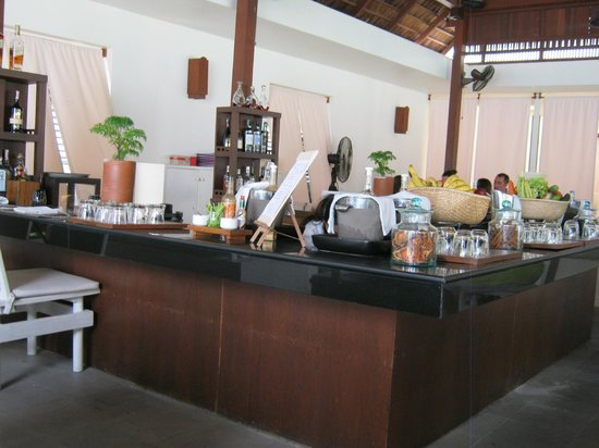 SALA Samui Choengmon Beach Resort: Breakfast juice bar