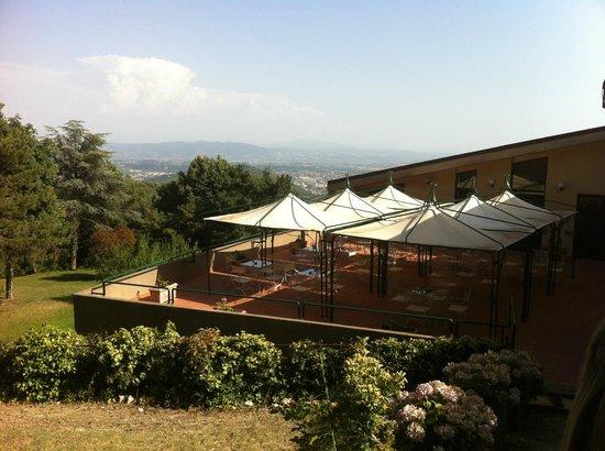 Hotel Colle della Trinita: terrazza colazione