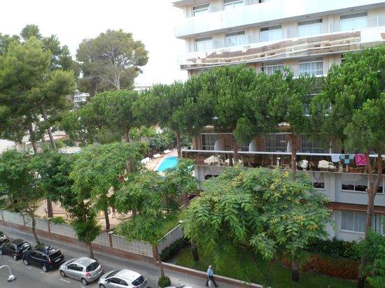 Marinada Apts. : Desde la terraza de la habitación aparthotel