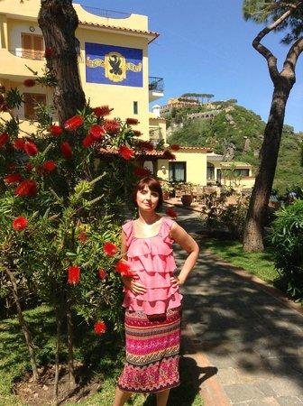Hotel Terme San Lorenzo: Перед входом в отель