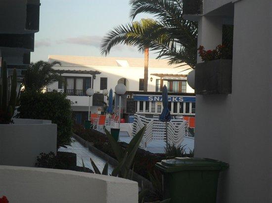 Plaza Azul: Pool area