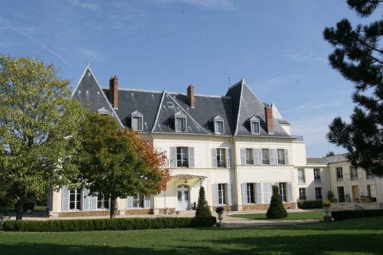 Les pres d 39 ecoublay hotel fontenay tr signy voir les for Piscine de fontenay tresigny