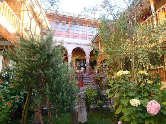Amaru Colonial 사진