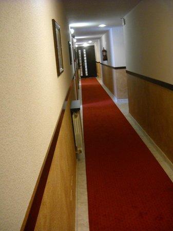Hotel Bahia: Pasillo hotel