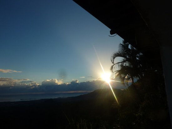 Dave Parker Eco Lodge: Good Morning it's another day!