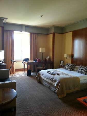 Beau-Rivage Hotel: Room