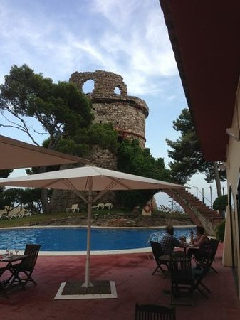 Torre Barona: ресторан и бар