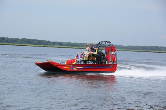 Airboat Adventures: Speeding through the water!