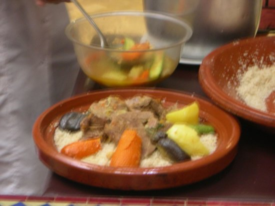 Riad Dar Zahia: corso di cucina - cous cous