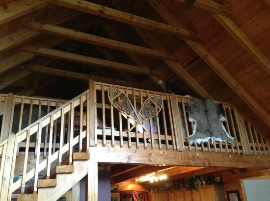 Timberwinds Log Cabins: View from upstairs from living area below