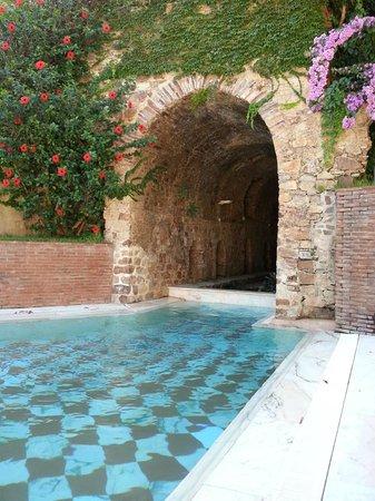 Gran Hotel Aqualange: Exterior terma