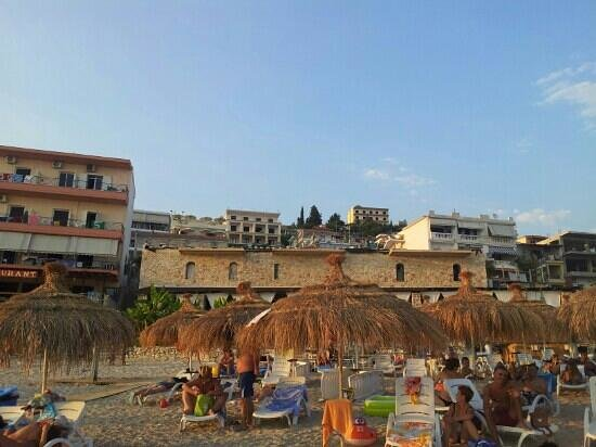 Ionian View Hotel: the hotel with large umbrellas on the balcony
