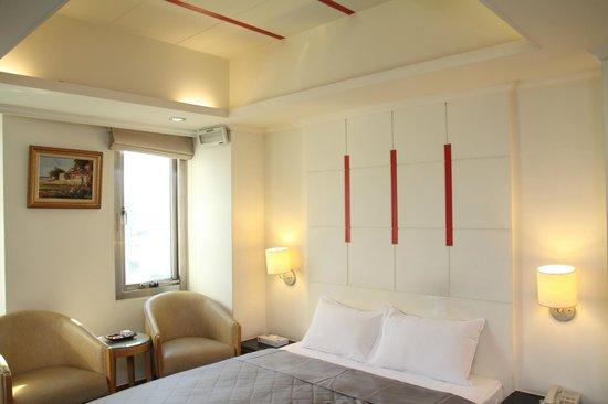 Kao Yuan Hotel - Zhongzheng : 8高苑商務旅館中正店