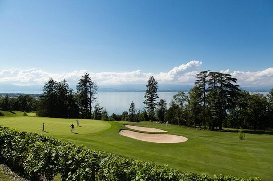 Hotel Ermitage - Evian Resort: Evian Resort Golf Club Academy | Centre d'entraînement golfique