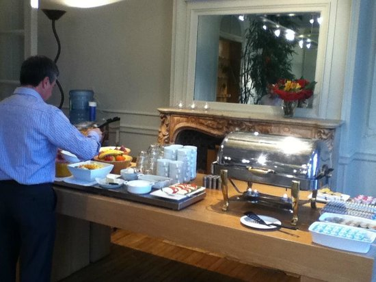 Theater Hotel Leuven: Breakfast