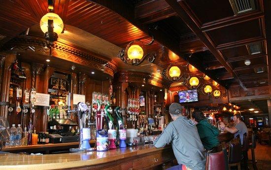 The Anchorage Inn: Anchor Bar