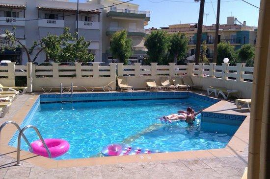 Simple Hotel Hersonissos Sun: Pool