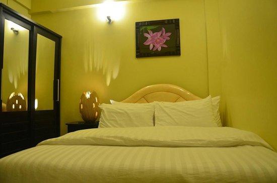 Velima Inn: Room