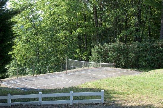 Les Gites De Carlux: Badminton Court