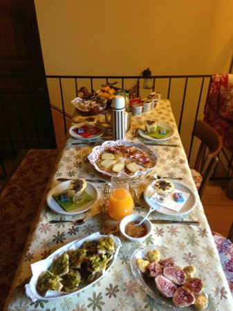 B&B Ca' la Cornacchia : amazing breakfast for 4 people
