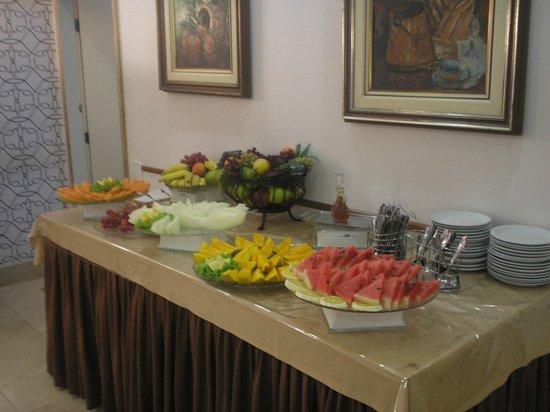 Grande Hotel Canada: Frühstück im Speisesaal