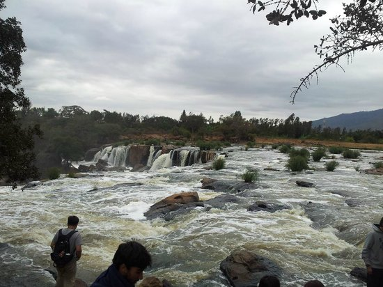 Fourteen Falls: This part is where we crossed by foot (with the gides making a chain)