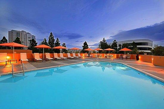 San Diego Marriott La Jolla : Great Pool area