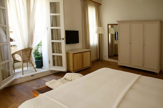 Adahan Istanbul: Grand suit'in iki odasından biri oda no 304B