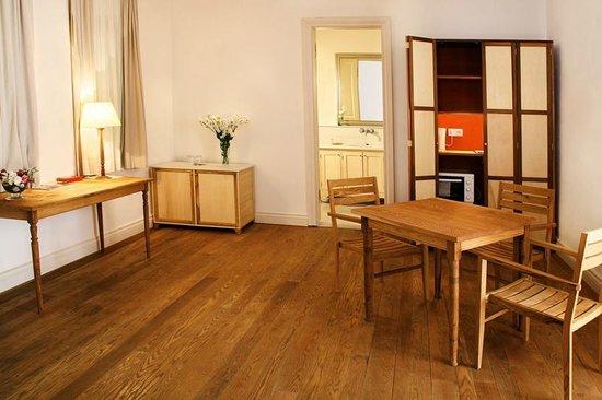 Adahan Istanbul: Suitlerde kitchenette de var! 204B
