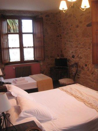 Pazo de Galegos: Habitación con cama supletoria