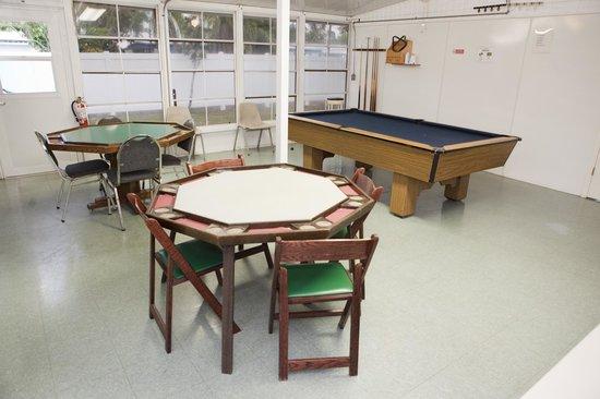 Lake San Marino RV Resort: Game Room