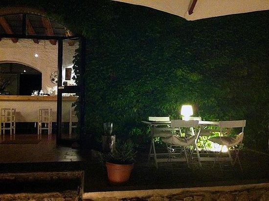 La Bassa: Terraza/jardín