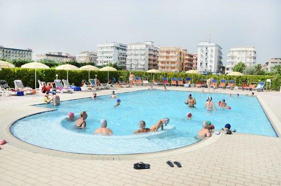 Hotel Sole: Piscina