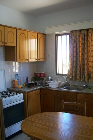 Dimma Seaside Houses: Kitchen