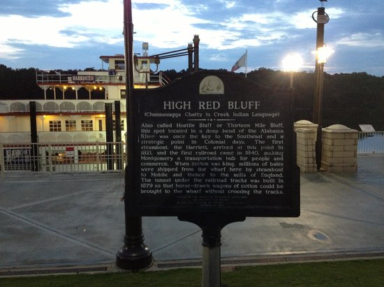 Riverfront Park : High Red Bluff Historical Marker