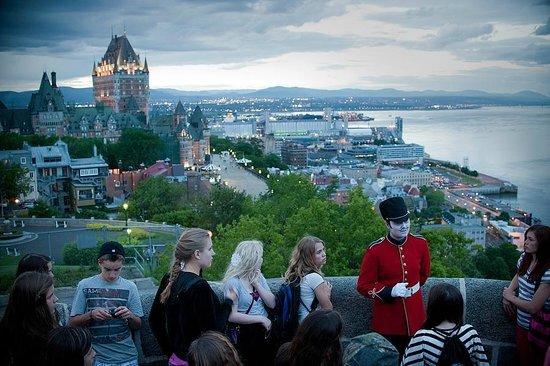 Citadelle Quebec Night Tour