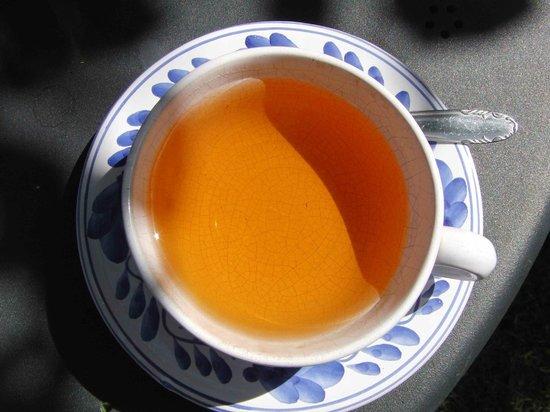 Casa Teahouse & Bar: Refreshing orange based tea