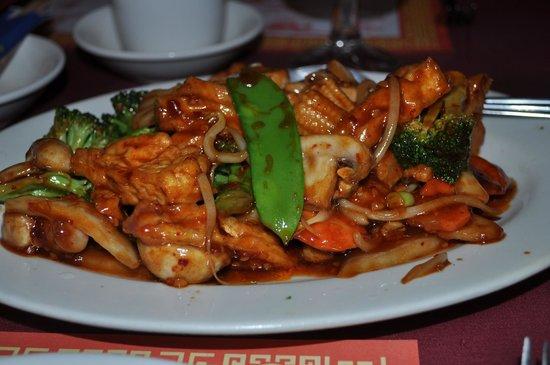 Szechuan Taste & Thai Cafe