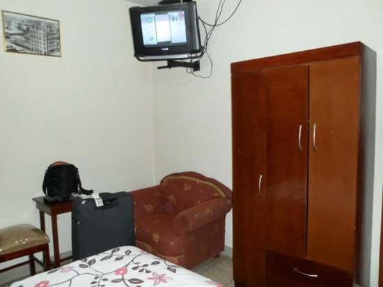 Hostal Perla Real Inn: vista habitación