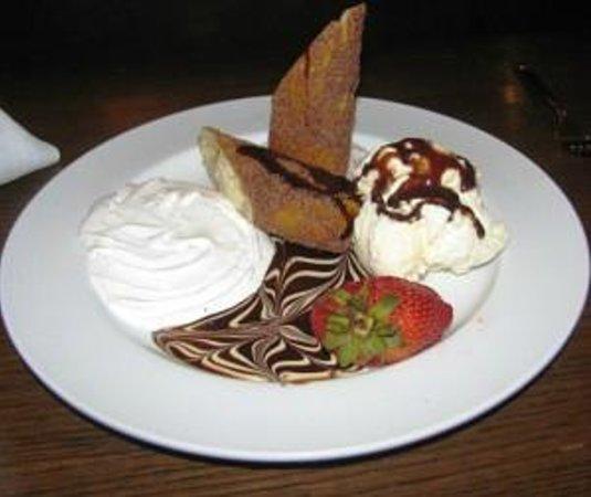 The Broad Axe Tavern: Banana Caramel Cheesecake
