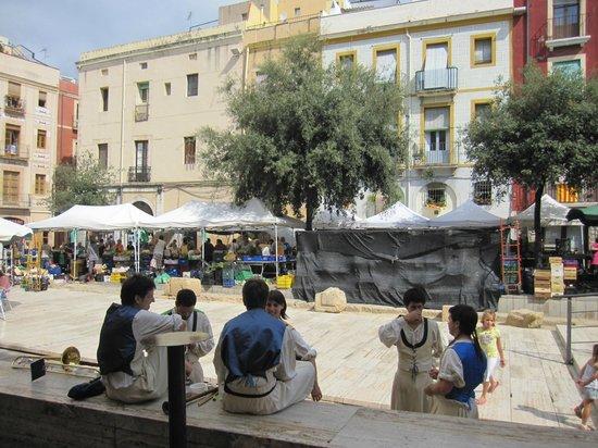 Passeig Arqueològic: Vista de la plaza del Fórum, lugar con restos romanos.